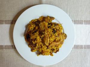 Paella con carne de ternera